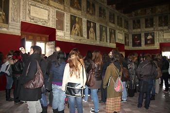 Salón de Obispos de Tarazona en una visita guiada