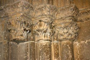 Puerta de la Bendición. Capiteles del derrame derecho.Juan Leredo (1461-1462)
