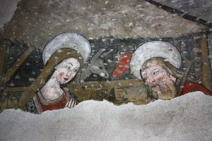 Pinturas descubiertas en el Claustro.